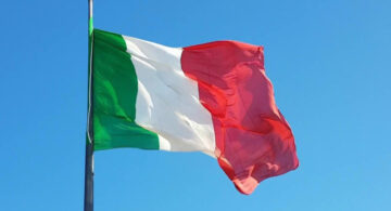 Il Papa difende e diffonde la lingua italiana